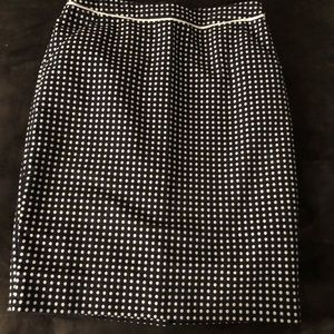 The Limited pencil skirt with pockets, size 2
